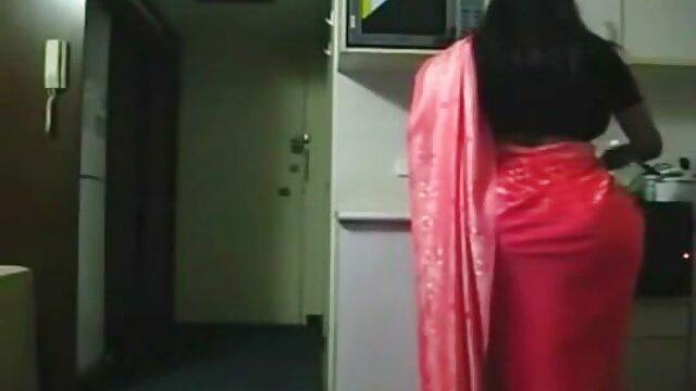دختر فاسق دانلود فیلم سوپر دوجنسه عاشق ناپدری خود است