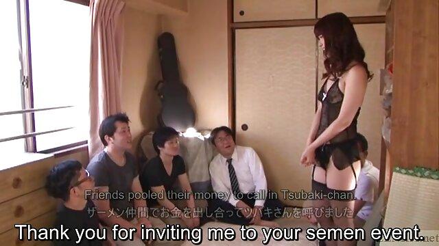 ساندرا شاین در لباس زیر ساتن خودارضایی فیلم سوپر بکن بکن خفن می کند