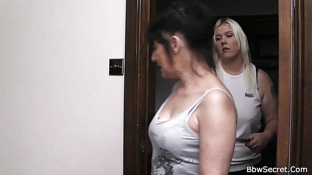 دختر سکسی با الاغ فیلم سوپر سکسس بزرگ و شن و ماسه - 1