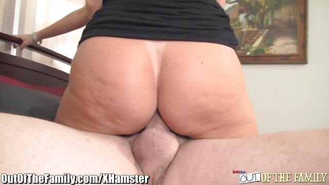 ارگاسم آبنوس سوپر سکس خشن بزرگ و شاخی در وب